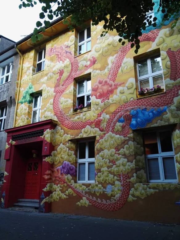 kiefernstrasse-graffiti-houses-dusseldorf-germany-3