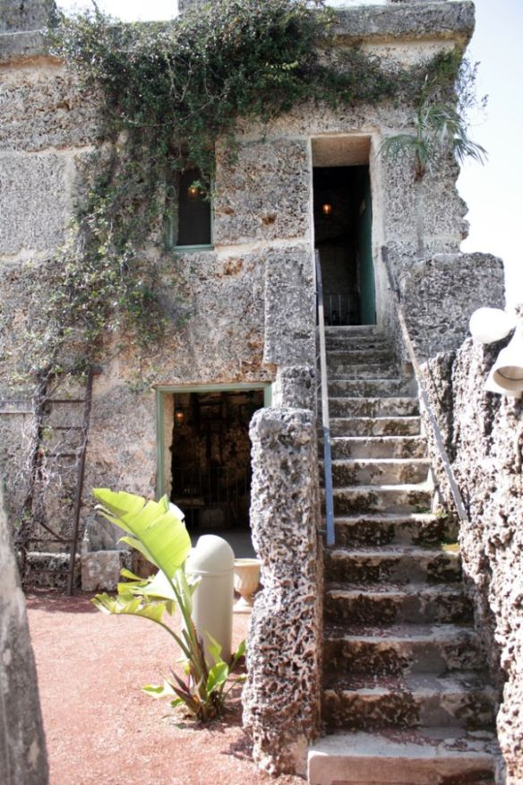 coral castle stairs